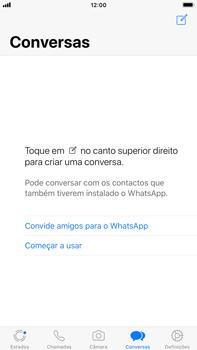 Apple iPhone 8 Plus - iOS 12 - Aplicações - Como configurar o WhatsApp -  15