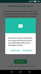 Huawei P8 Lite (2017) - Aplicações - Como configurar o WhatsApp -  11
