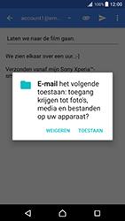 Sony Xperia XZ Premium (G8141) - E-mail - Bericht met attachment versturen - Stap 11