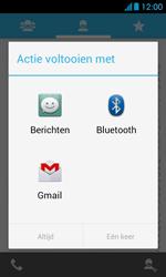 Huawei Ascend Y300 - Contacten en data - Contacten overzetten via Bluetooth - Stap 7