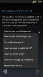 Samsung I9295 Galaxy S IV Active - Applicaties - Applicaties downloaden - Stap 13