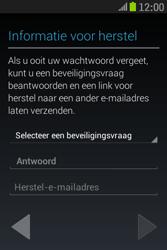 Samsung S6310 Galaxy Young - Applicaties - Applicaties downloaden - Stap 13