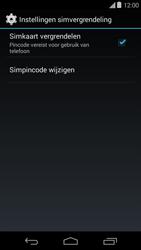Motorola Moto E (1st Gen) (Kitkat) - Beveiliging en ouderlijk toezicht - Hoe wijzig ik mijn SIM PIN-code - Stap 6