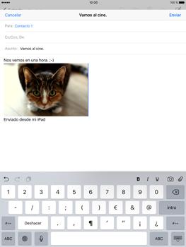 Apple iPad Pro 9.7 - E-mail - Escribir y enviar un correo electrónico - Paso 12