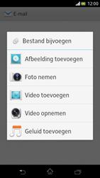Sony LT30p Xperia T - E-mail - E-mail versturen - Stap 10