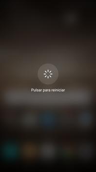 Huawei Mate 9 - Mensajería - Configurar el equipo para mensajes multimedia - Paso 17
