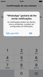 Apple iPhone SE - Aplicações - Como configurar o WhatsApp -  6