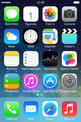 Apple iPhone 4S met iOS 7 (Model A1387) - Applicaties - FaceTime gebruiken - Stap 1
