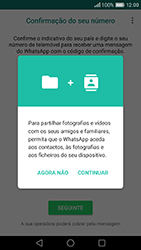 Huawei P9 - Aplicações - Como configurar o WhatsApp -  6