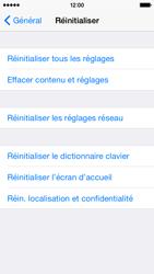 Apple iPhone 5s (iOS 8) - Aller plus loin - Restaurer les paramètres d'usines - Étape 5