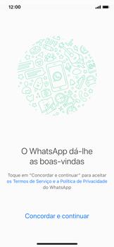 Apple iPhone X - iOS 12 - Aplicações - Como configurar o WhatsApp -  7