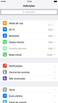 Apple iPhone 7 Plus - Internet no telemóvel - Como ativar os dados móveis -  3