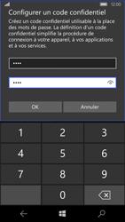 Microsoft Lumia 650 - Sécuriser votre mobile - Personnaliser le code PIN de votre carte SIM - Étape 10