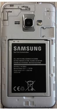 Samsung Galaxy J1 (2016) (J120) - Primeros pasos - Quitar y colocar la batería - Paso 4