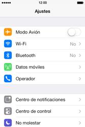 Apple iPhone 4S iOS 7 - Funciones básicas - Activar o desactivar el modo avión - Paso 3