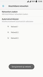 ZTE Blade V8 - Netwerk - Handmatig een netwerk selecteren - Stap 10