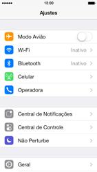 Apple iPhone iOS 7 - Funções básicas - Como restaurar as configurações originais do seu aparelho - Etapa 5