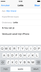 Apple iPhone 5s iOS 8 - E-mail - Bericht met attachment versturen - Stap 8