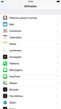 Apple iPhone 8 Plus - iOS 12 - Segurança - Como ativar o código PIN do cartão de telemóvel -  3